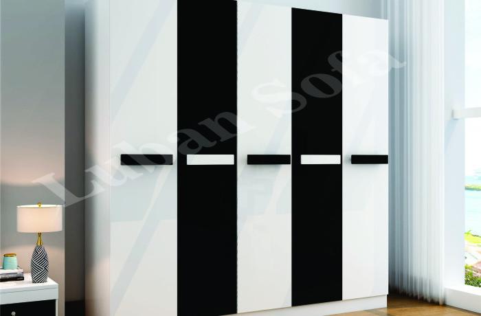 5 Door Robe (757-5)